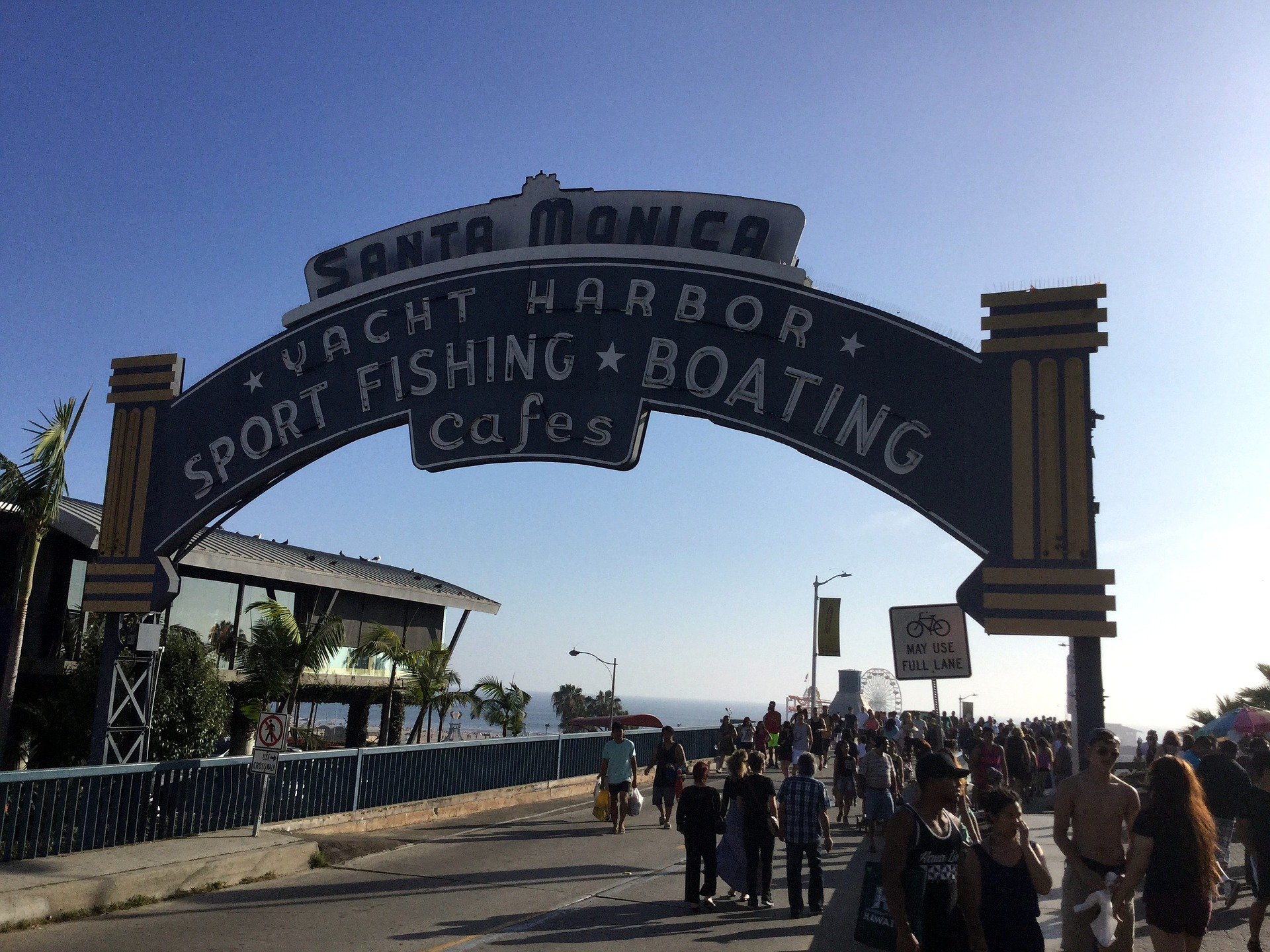 Santa monica lists 2 000 buildings needing retrofit Metal piers for housing